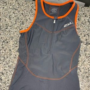 Other - 2xu perform compression tri singlet and shorts
